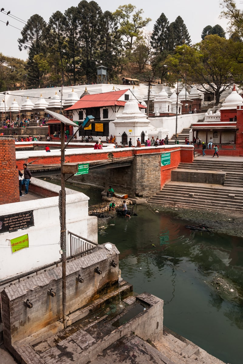 Hindu funerals at Pashupatinath Temple on the banks of the Bagmati River. Kathmandu, Nepal.
