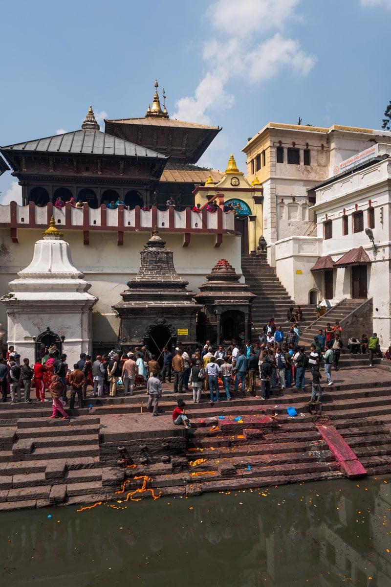 Hindu funeral at Pashupatinath Temple on the banks of the Bagmati River. Kathmandu, Nepal.